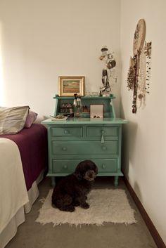 Ateliando - Customização de móveis antigos: Escrivaninhas Já na casa da nossa cliente.
