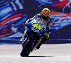 Yamaha 500cc MotoGP Race Bike - Valentino Rossi