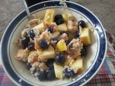 21 Day Fix meal options!! Steel cut oats with blueberries and chopped apples. For my FIX friends...1 yellow and 1 purple (filled half the purple with berries and the other half chopped apples) Yummy! and filling! www.facebook.com/NatalieCrullIndependentBeachbodyCoach