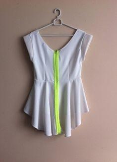 Kup mój przedmiot na #Vinted http://www.vinted.pl/kobiety/bluzki-z-krotkimi-rekawami/7921314-baskinka-z-neonowym-zamkiem-z-tylu
