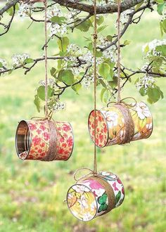 Crafting with Mod Podge products is the modern approach to decoupage, making it fast and easy to add personality to home d©cor, upcycling, kids' crafts, and gifts. Beginner's Guide to Mod Podge introduces the versatile line of products from Plaid En Tin Can Crafts, Fun Diy Crafts, Crafts For Kids, Arts And Crafts, Quick Crafts, Kids Diy, Creative Crafts, Upcycled Crafts, Idées Mod Podge