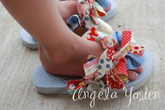 DIY Rags and Ruffles hair bows and flip flops.