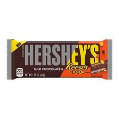 Hershey's Milk Chocolate With Reese's Pieces Candy Bar - Hersheys, Hershey Milk Chocolate Bar, Hershey Candy, Chocolate Lovers, Chocolate Company, Hershey Bar, Chocolate Bars, Peanut Butter Candy, Sour Candy