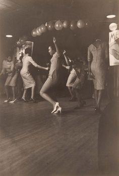 Dance sister dance.......