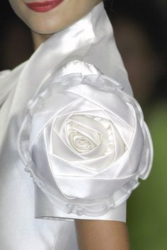 Rose detail from one of Margaery's wedding gowns (since she marries more than once)