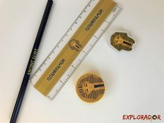 papeterie egypte ancienne pharaon #cadeau #anniversaire Egyptian Party, Pencil, Products, Scouts, Paper Mill, Pencil Sharpener, Deep Blue, Gadget