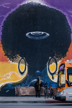 Thanks to his vibrant musical connection with Kendrick Lamar as well as his own recent three-hour opus The Epic, saxophonist Kamasi Washington has become a worthy ambassador for jazz in the century. Music Love, Music Is Life, Kamasi Washington, Jazz Cat, Smooth Jazz, Music Images, Jazz Musicians, Hyperrealism, Mural Art