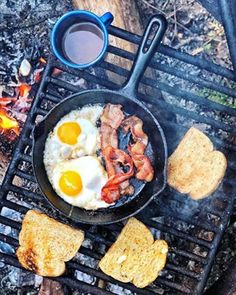The Ultimate Camping Food Day! – Simple Bites The Ultimate Camping Food Day! Camping Hacks, Camping Checklist, Camping Meals, Camping Essentials, Camping Dishes, Kids Checklist, Camping Cabins, Camping List, Camping Cooking