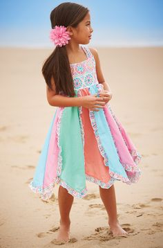 From CWDkids: Rainbow Twirl Dress - I am so in love with this dress! Sewing Clothes, Diy Clothes, Little Girl Fashion, Kids Fashion, Little Girl Skirts, Kids Outfits, Cute Outfits, Little Fashionista, Sewing For Kids