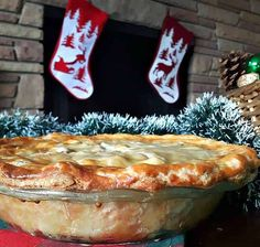"""May substitute vegetarian """"beefless"""" for need and pork French Canadian Meat Pie Recipe, French Meat Pie, Canadian Dishes, Canadian Food, Canadian Recipes, Russian Recipes, Canadian Cuisine, French Recipes, Christmas Dishes"""