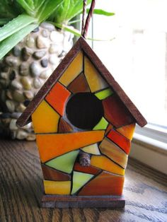 Stained Glass Mosaic Birdhouse by RedfordGlassStudio on Etsy Mosaic Crafts, Mosaic Projects, Stained Glass Projects, Stained Glass Patterns, Mosaic Patterns, Projects To Try, Mosaic Glass, Fused Glass, Leaded Glass
