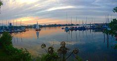 Die Straßen an der Außenalster heißen nicht ohne Grund Schöne Aussicht und Bellevue. #Alster #Sonnenuntergang #Außenalster
