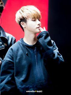 Jinhwan iKON