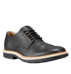 Réf : A19F8 Les chaussures de ville Timberland Naples Trail Oxford en cuir noir offrent le parfait compromis entre le chic et le confort pour votre quotidien. Leur tige en cuir noir, leurs détails élégants et leur semelle noire font de ce modèle une paire de derbies à la fois chic et discrète, idéale pour aller au bureau par exemple. Mais côté confort, ce n'est pas une paire de derbies commes les autres puisqu'elles sont équipées de la technologie Sensorflex de Timberland.