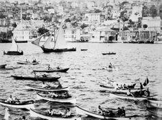İstanbul'a varışında ahali tarafından karşılanan heyet