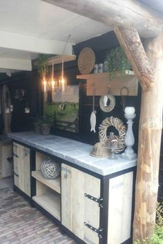 Paradise Outdoor Kitchens For Entertaining Guests Rustic Outdoor Kitchens, Outdoor Kitchen Design, Kitchen Decor, Kitchen Ideas, Kitchen Unit, Kitchen Layouts, Outdoor Food, Outdoor Cooking, Summer Kitchen