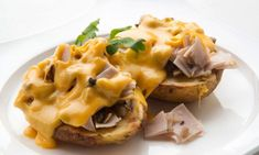 Receta de Patatas rellenas de champiñones y pavo con salsa de queso