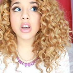20 Gorgeous Curly Hairstyles: #3. Curly Hair Hairstyle