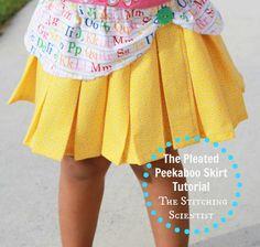 Pleated Peekaboo Back to School Skirt : Free tutorial
