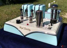 Magnavox tube amplifier