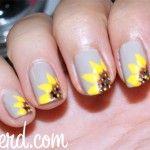 Happy Little Flower Nails