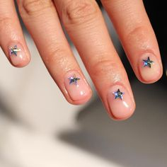 Starry nails.