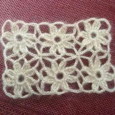 Gradient Baby Vest Making - Örgü El İşleri Crochet Bolero Pattern, Crochet Hood, Crochet Borders, Crochet Stitches Patterns, Crochet Motif, Baby Knitting Patterns, Crochet Flowers, Quick Crochet, Filet Crochet