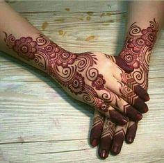 Get some beautiful Henna tattoos (Mehndi Designs) at Location: No. Rose Mehndi Designs, Indian Mehndi Designs, Mehndi Designs For Beginners, Modern Mehndi Designs, Mehndi Designs For Girls, Mehndi Design Photos, Mehndi Designs For Fingers, Beautiful Henna Designs, Simple Arabic Mehndi Designs