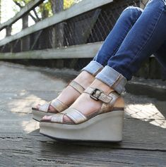 82f25a3a9b1 The wedges you ll be wearing on repeat all spring! OTBT s Bee Cave platforms
