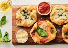 Grocery stores puff pastry is a lifesaving shortcut for these lunchbox pizza puffs. Whether you choose Margherita or White pizza, your kids will love them.