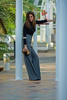 pantalones anchos - pantalones pata elefante - pantalones zara - jerseys zara - complementos de moda - collar uterque - collar étnico