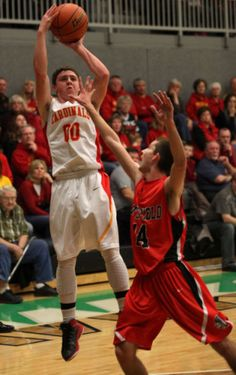 PHOTOS: Warrensburg-Latham vs Pittsfield sectional boys basketball : Gallery