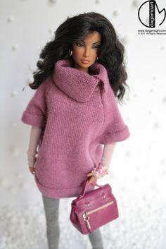 Cute oversized pink light weight sweatshirt look Barbie Gowns, Barbie Dress, Barbie Clothes, Beautiful Barbie Dolls, Barbie Patterns, Black Barbie, Pink Light, Barbie Friends, Barbie And Ken