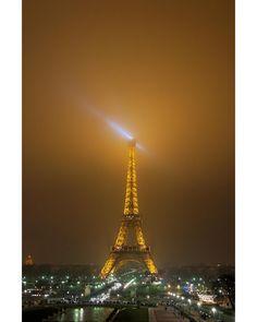 Beautiful Paris #sunset #paris #magiclight #twitter #instagood #france #eiffel #colorful #looking #photomanipulation #piedimontematese #instapic #influencer #fashionblogger #travelblogger #italy #followme #travelinfluencer #500px View my portfolio on http://ift.tt/xmAcR4