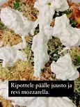 """Henri Alénin helppo arkiruoka, josta riittää seuraavaankin päivään: """"Pirun hyvä"""" - Ajankohtaista - Ilta-Sanomat Chorizo, Gnocchi, Mozzarella, Food, Eten, Meals, Diet"""