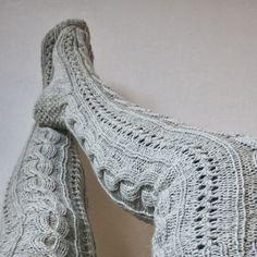 Diy Crochet And Knitting, Knitting Socks, Knee High Socks, Cable Knit, Arts And Crafts, Patterns, Fashion, Crochet Carpet, Rugs