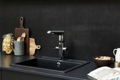 Oras Optima smart kitchen faucet has not only traditional levers for adjusting water flow and temperature but also touchless function for increased hygiene in the kitchen. Smart Home Design, Smart Kitchen, Wonderwall, Water Flow, Oras, Drill, Dishwasher, Sink, House Design