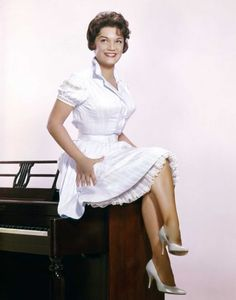 Connie Francis Hot | Connie Francis Photo-8327220.113608 - GreenwichTime
