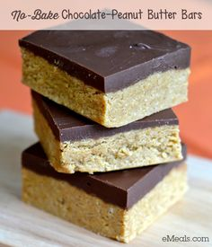 Looking for an easy dessert recipe for this weekend's tailgate or get-together? These no-bake bars feature the crowd-pleasing flavor combination of chocolate and peanut butter, and they come together in less than 10 minutes with just 5 ingredients. Just be sure to grab one before they all disappear!