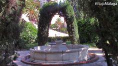 Fueron diseñados por el arquitecto Fernando Guerrero-Strachan en 1937.
