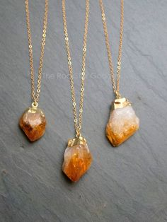 Gold Citrine Necklace / Raw Citrine Necklace / Gold Citrine Crystal Necklace / Raw Crystal Necklace / November Birthstone / Gift for Mom Raw Crystal Necklace, Citrine Crystal, Citrine Gemstone, Gemstone Necklace, Citrine Pendant, Quartz Necklace, Cute Jewelry, Jewelry Gifts, Jewelry Accessories