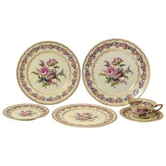 Rosenthal Porcelain Sixty-Four Piece Part Dinner Service Vienna Pattern | From a unique collection of antique and modern dinner plates at https://www.1stdibs.com/furniture/dining-entertaining/dinner-plates/