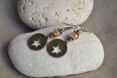 ⋆ Nouveau ⋆ Boucles d'oreilles avec breloque étoile et perle couleur ambre : Boucles d'oreille par libelula-crea
