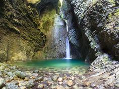 10 Southern California Hikes With Waterfalls @Lauren Davison Davison Davison Amezaga (: