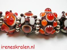 Glassbeads, bumpy beads, homemade.  www.ireneskralen.nl