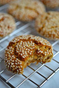 Tahini & Honey Cookies - My WordPress Website Honey Cookies, Cinnamon Cookies, Russian Cookies, Russian Honey Cake, Paleo Honey, Road Trip Food, Honey Buns, Paleo Chocolate, Honey And Cinnamon