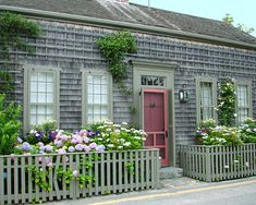 Nantucket Cottages - Nantucket Beachfront Cottage Rentals
