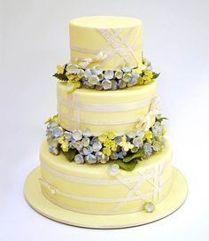 My perfect wedding cake: Perfect baker: Ron Ben Israel Pretty Cakes, Beautiful Cakes, Amazing Cakes, Beautiful Flowers, Wedding Dress Cake, Wedding Cakes, Wedding Dresses, Cupcakes, Cupcake Cakes