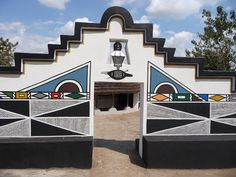 ndebele houses - Google Search African Tribes, African Art, Space Architecture, African Design, Environmental Art, House Painting, South Africa, Street Art, House Styles