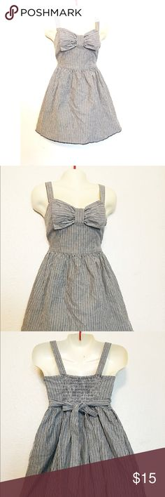 Denim Summer Dress small/medium Cute denim dress perfect for summer or any occasion can be dressed up or down. Worn a couple of times and is in great condition. No size tag but can fit a small or medium. #summerdress #summerclothes #trendy #casualdresses Fire Los Angeles Dresses Midi